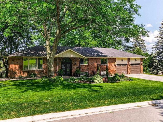 20 Armstrong Cres