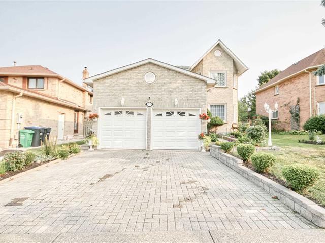 19 Stanwell Dr