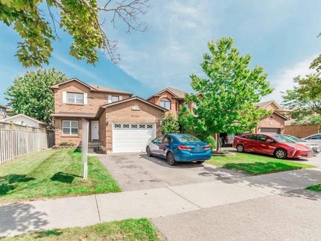 3249 Greenbelt Cres