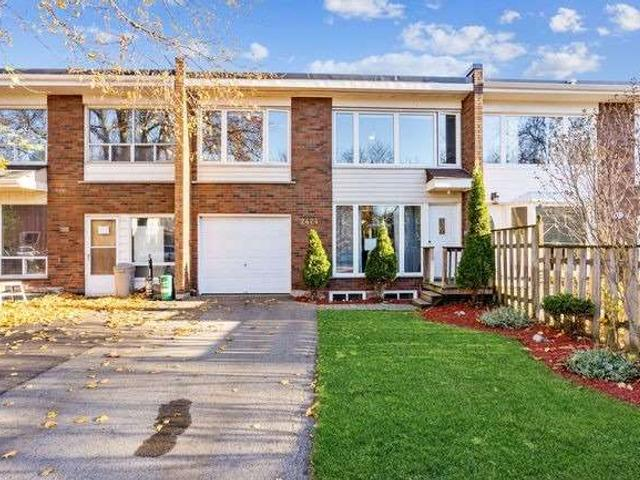 2424 Maryvale Crt