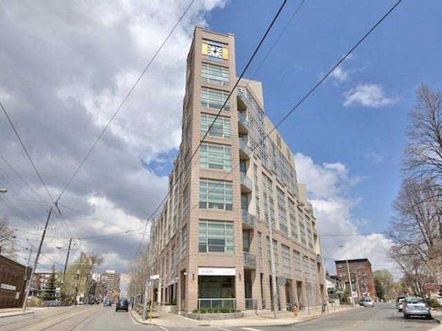 411 - 437 Roncesvalles Ave