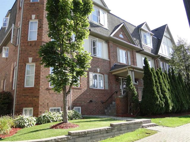 2 - 730 Neighbourhood Circ