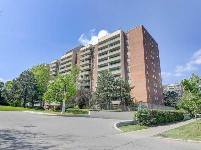 1101 - 9 Four Winds Dr