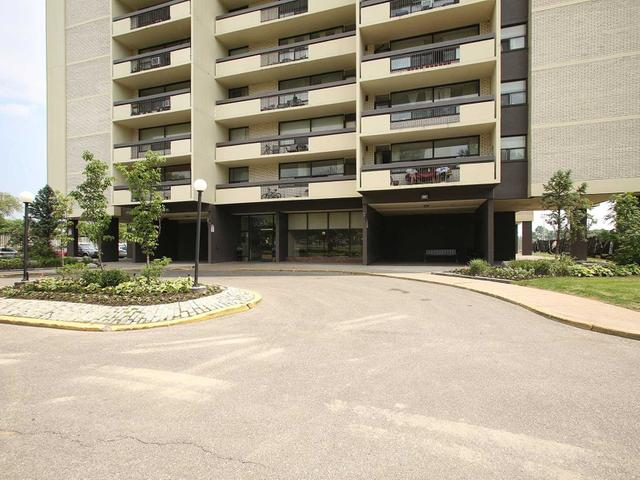 #2001 - 1455 Lawrence Ave W
