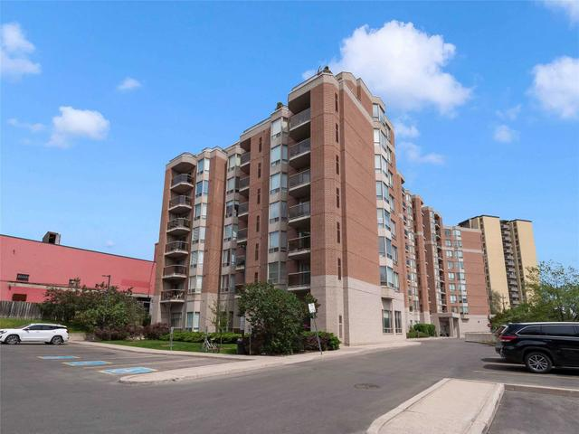 411 - 2088 Lawrence Ave W