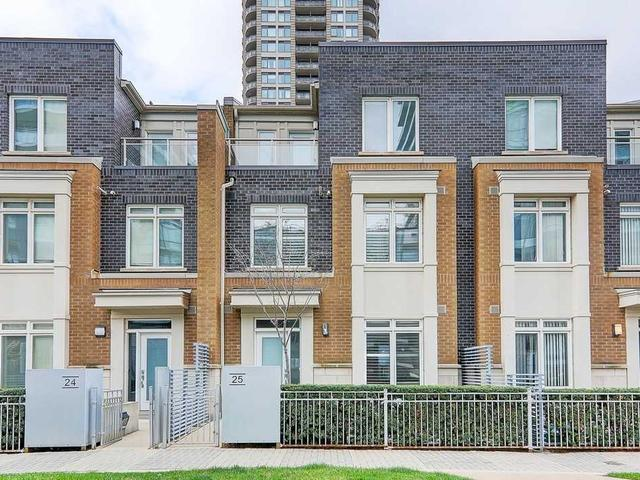 TH25 - 370 Square One Dr