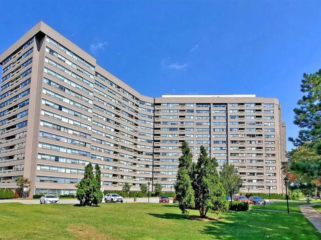315 - 475 The West Mall Dr E