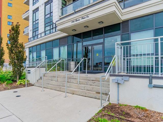 712 - 840 Queens Plate Dr