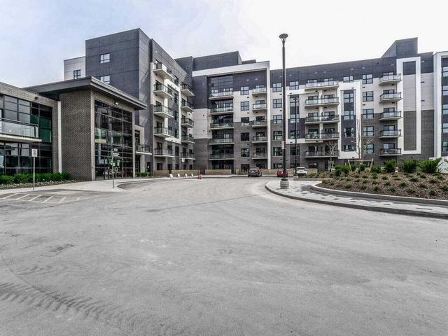 104 - 102 Govewood Common Cres