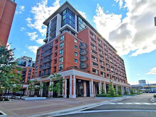 905 - 830 Lawrence Ave W