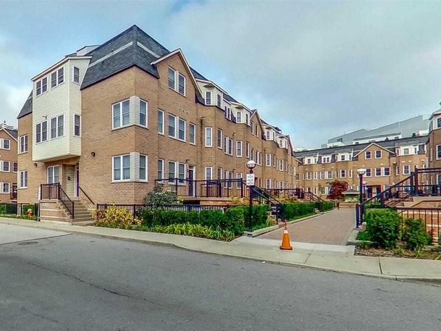 105 - 760 Lawrence Ave W