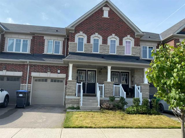 496 Queen Mary Dr