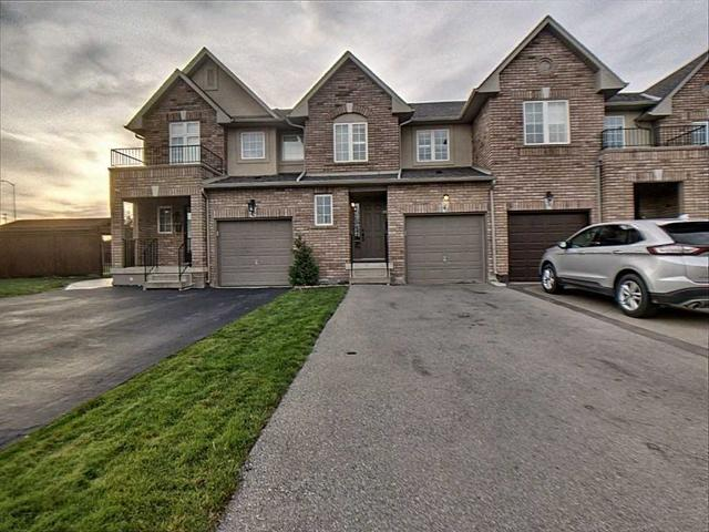 40 Meadow Wood Cres