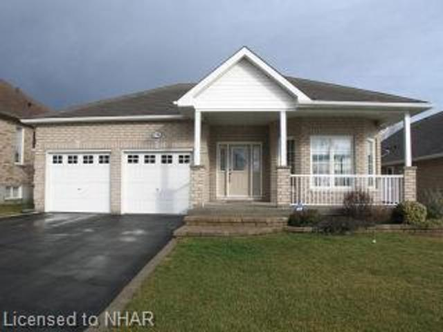 736 Prince Of Wales Dr
