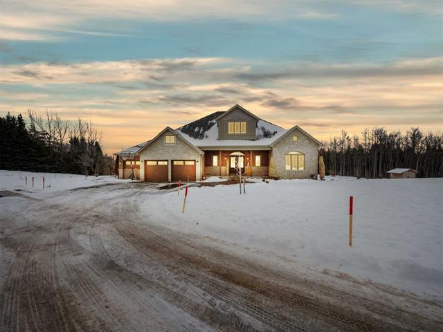 22 Country Meadows Dr