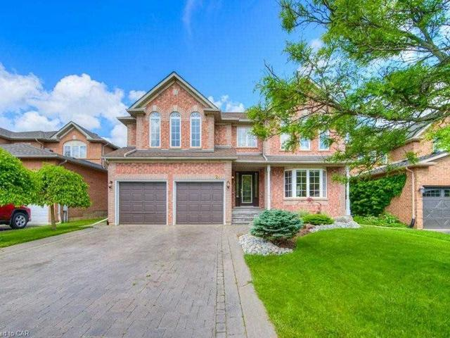 24 Canning  Cres