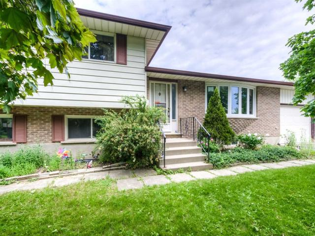 633 Green Meadow Cres
