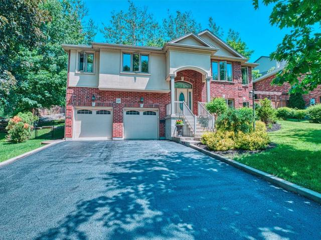 125 Valley  Dr