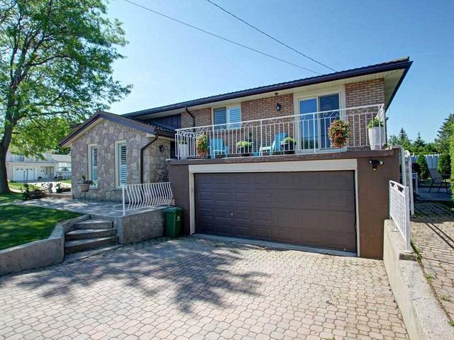 163 Montmorency Dr