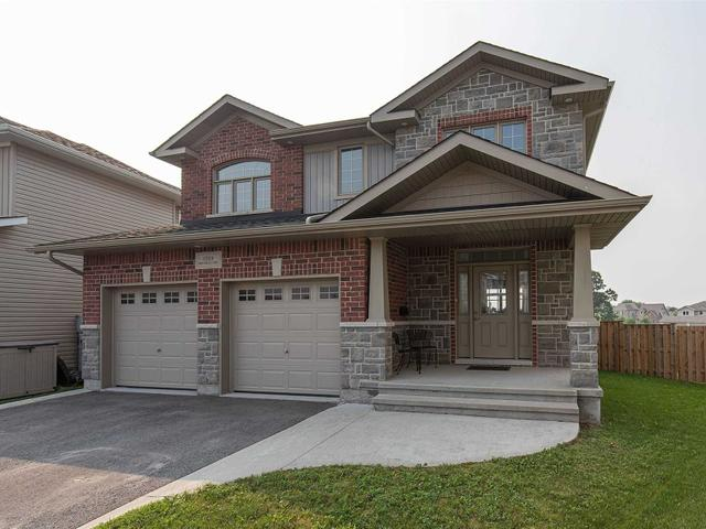 1589 Providence Cres
